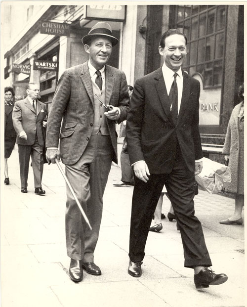 Kenneth Snowman with Bing Crosby. The sign for Wartski's Regent Street premises can be seen in the background.